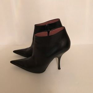 Alaia ankle boot 38